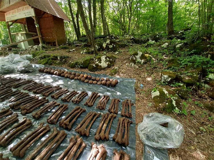 Završena ekshumacija iz jame Jazovka